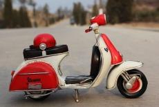 3.Handmade_Antique_Tin_Model_Motorbike_-VESPA_Scooter_1958_Type2_5