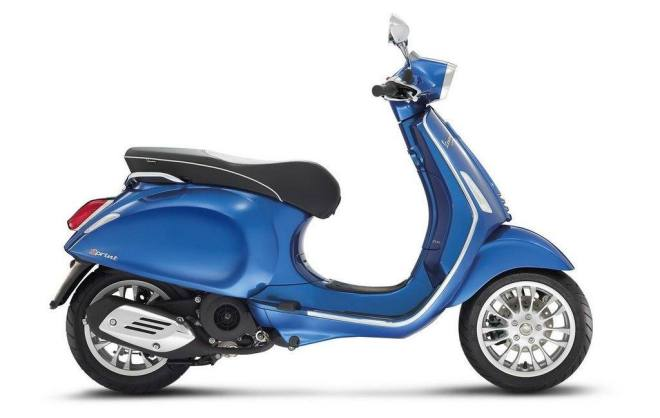 vespa-sprint-2014-blue