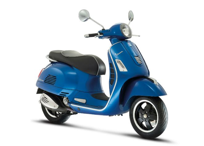 New-Vespa-GTS-Super-2014-01