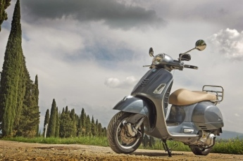 New-Vespa-GTS-Super-2014-03