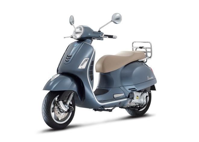 Vespa-GTS-300-Grigio-Dolomiti-03