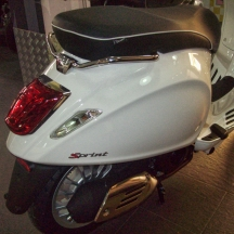 Vespa-Sprint-Shop-03