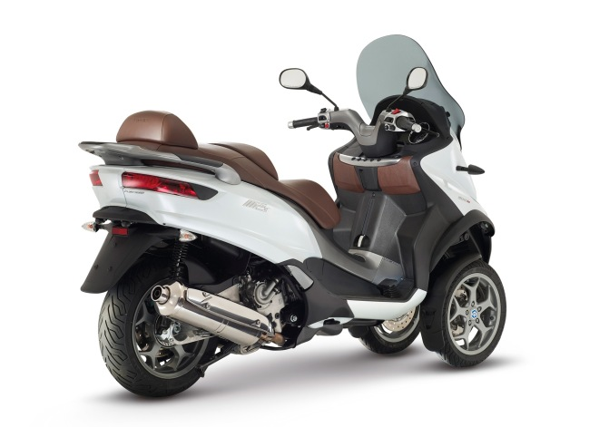 02_New_Piaggio_Mp3
