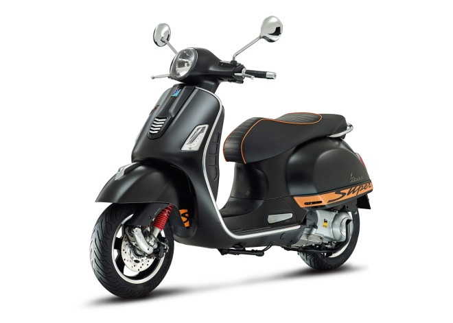 Vespa-GTS-Supersport-2014-01