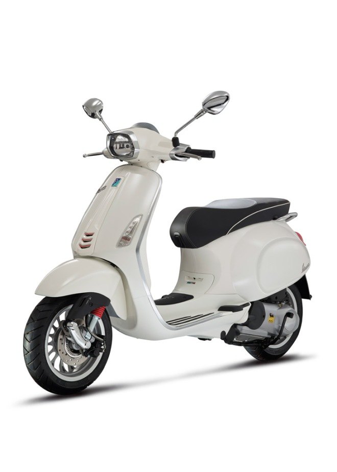 Vespa_sprint_ABS_125_02