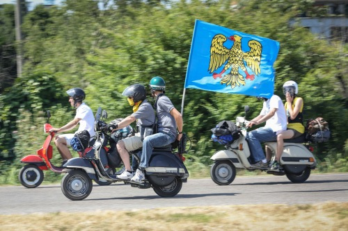 Vespa_World_D_2014_City_Parade_23