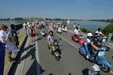 Vespa_World_D_2014_City_Parade_27