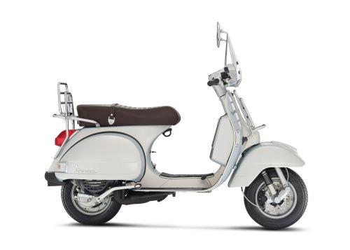 Vespa-PX_Touring-125-150-grigio-seta-02