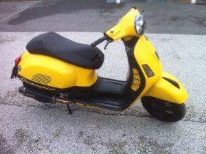 Vespa GTS 300 i.e. Super Sport 02