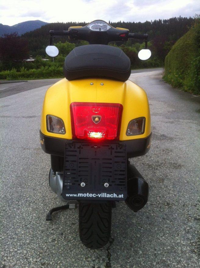 Vespa GTS 300 i.e. Super Sport 05