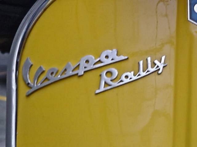 Piaggio_Vespa_Rally_180_04