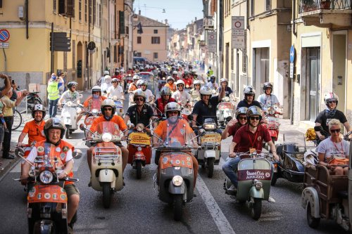 Vespa-World-Days-2015-First-Images_4