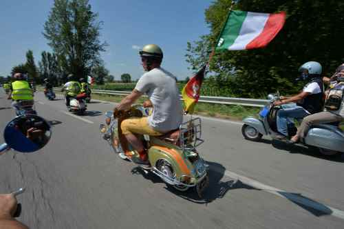 Vespa-World-Days-2015-First-Images_5