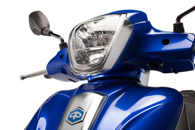Piaggio Medley S Front Light