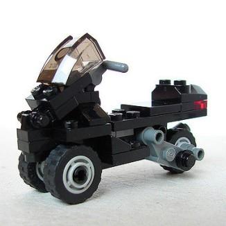 Lego-Piaggio-MP3-01